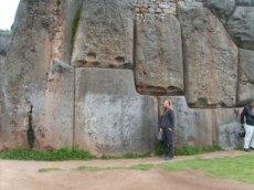 3557613-The-megaliths-of-Saqsayhuaman-0